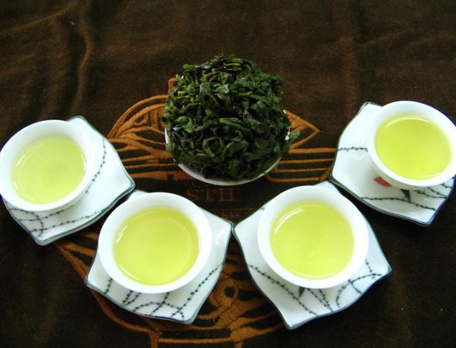 most-expensive-tea-in-the-world-tieguanyin-tea_5778193f80bbd